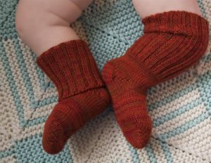 Вязание детских носков спицами