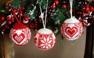 Вязание новогодних шаров на ёлку