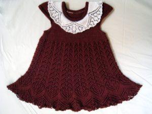 Вязаное платье для девочки 3-х лет