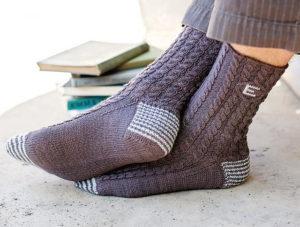 Как связать носки на 5 спицах для начинающих