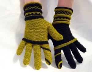 Как связать перчатки спицами для начинающих пошагово: простой способ?