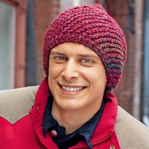 Мужские шапки вязаные спицами: выбор пряжи