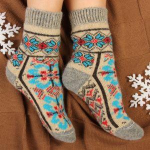 Носки со славянским орнаментом