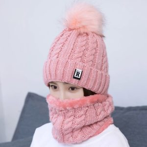 Теплая двойная шапка спицами для девочки